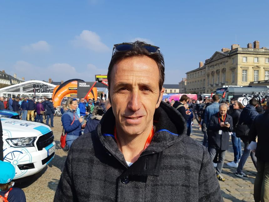 L'ancien coureur italien, Andrea Tafi, vainqueur de Paris-Roubaix en 1999
