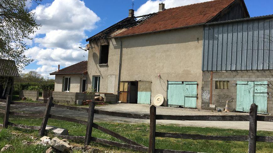 La maison de la famille Poulain a brûlé jeudi dernier