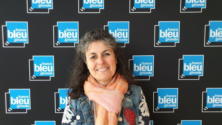 Nathalie Escuredo du château Boutinet dans les studios de France Bleu Gironde