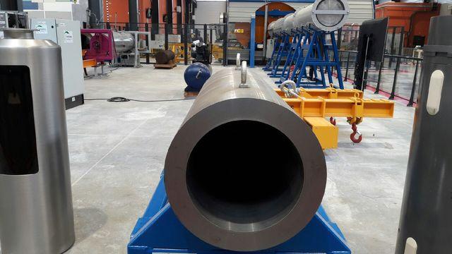 Un exemple de cylindre où seront enfouis les déchets de très haute activité à Bure