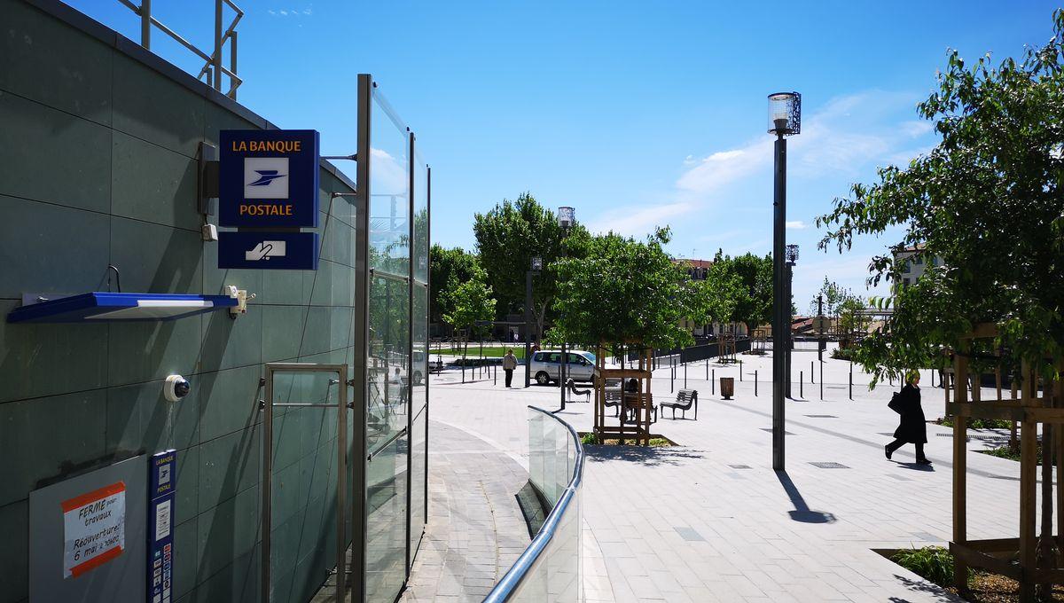Photos Le Bureau De Poste De Beziers Centre Entierement Repense