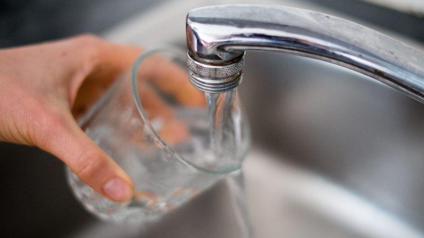 L'eau du robinet toujours déconseillée à Dunkerque et dans 17 autres communes voisines