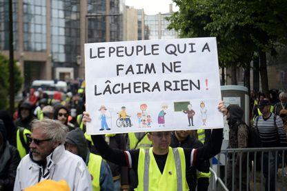 """A Paris, acte XXIV des """"giletsjaunes"""""""