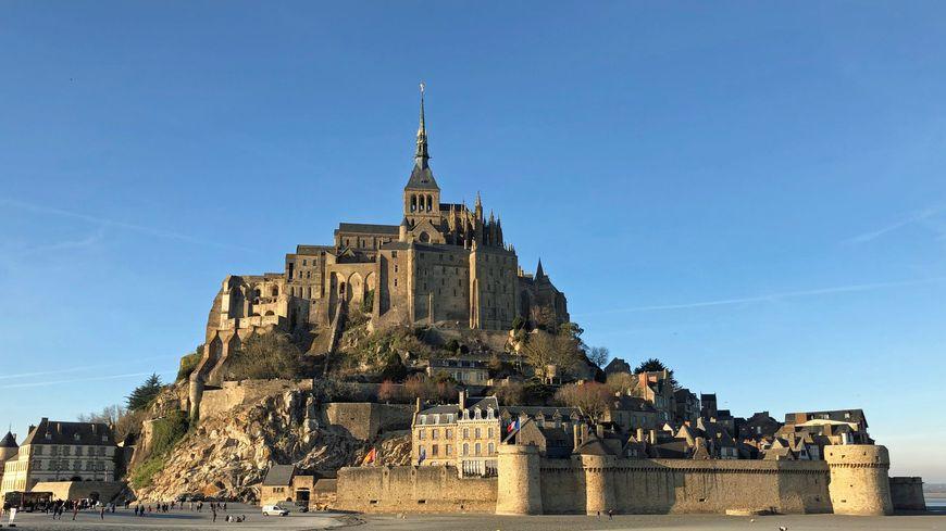 Le Mont-Saint-Michel accueille chaque année plus de deux millions de touristes