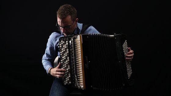 Félicien Brut (accordéoniste) en pleine improvisation