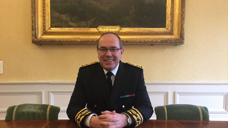 Nicolas De Maistre a officiellement pris ses fonctions de préfet de Haute-Loire ce mardi 23 avril.