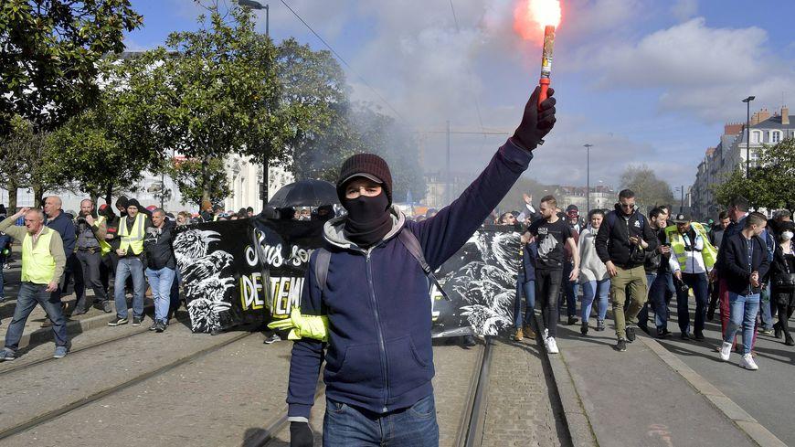 """Nantes : les manifestations non déclarées de """"gilets jaunes"""" interdites pour l'acte 23 du mouvement"""