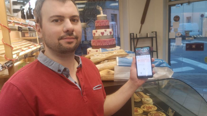 Xavier Lefèvre, boulanger dans le centre-ville de Reims, utilise l'appli depuis juillet dernier.