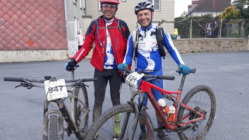 Deux passionnés de VTT venus du Berry pour participer à la Grande Traversée du Limousin 2019. Pour eux, ce sera juste un jour d'étape !