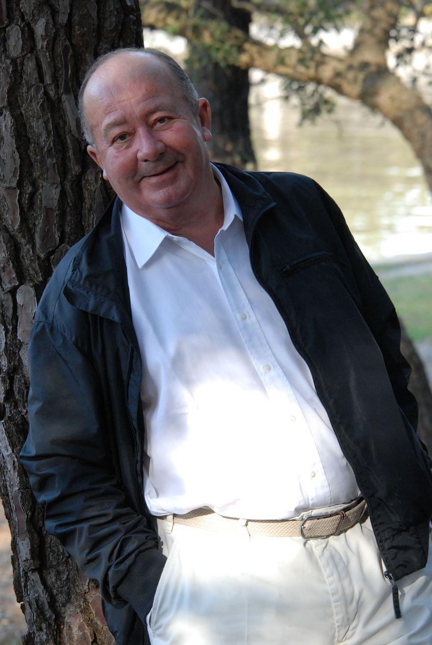 """Jean Delas : président de l'association """"Lire sur la Vague"""""""