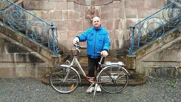 Jean Antoine se prépare à un périple de 3200 km à vélo à travers la France