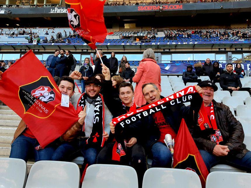 Les supporters rennais dans les tribunes du Stade de France.