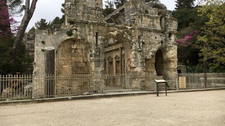 Le Temple de Diane n'est qu'une petite partie des vestiges romains