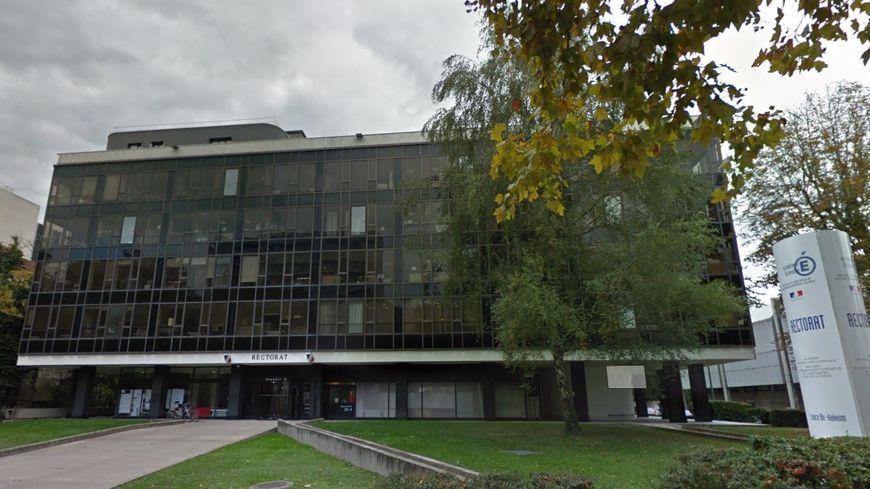 Le rectorat de Grenoble ordonne aux parents d\'une école ...