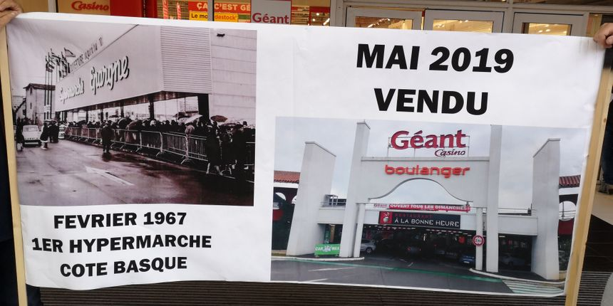 Le rassemblement vendredi matin devant le Géant Casino
