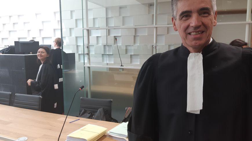 Me Ouvrard, le batonnier de Poitiers devant le box de la discorde