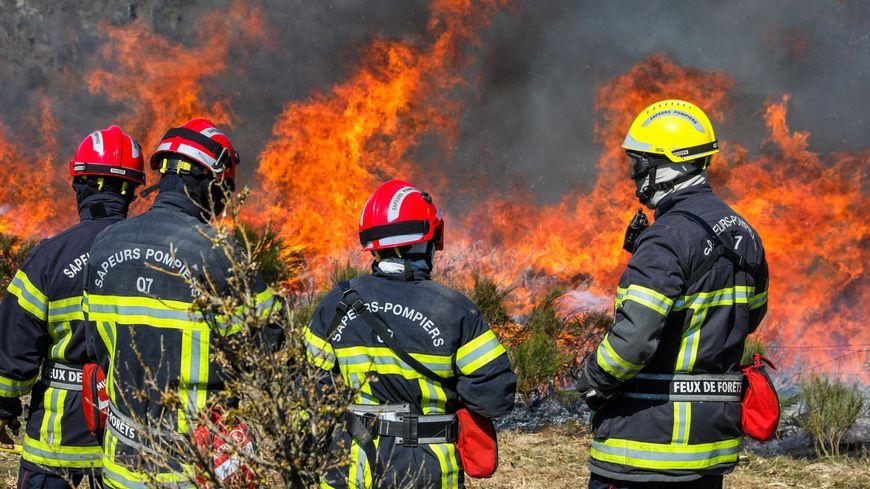 400 hectares partent en fumée sur le camp militaire de La Courtine