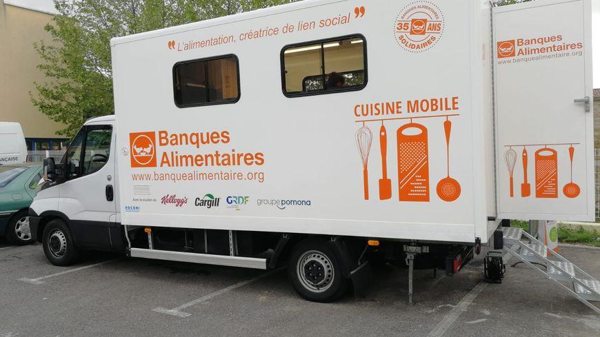 Le camion de la banque alimentaire à Saint Péray