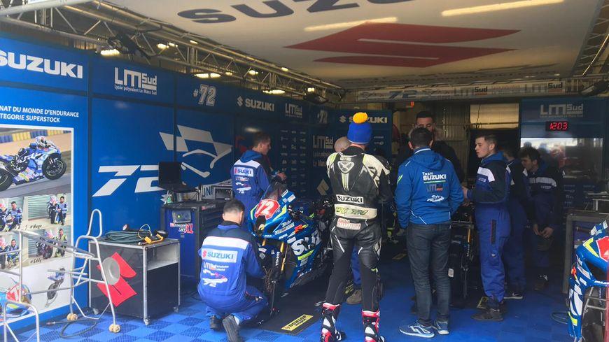 50 équipes engagées pour les 24 Heures Motos sont déjà sur le circuit Bugatti pendant deux jours pour des essais