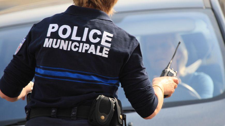 Illustration. Un chauffard blessé par balles à Marseille dimanche alors qu'il tentait d'échapper à une contrôle de la police municipal.