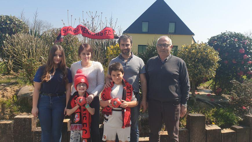 Le grand-père, les parents et les enfants iront tous à la finale, au Stade de France.