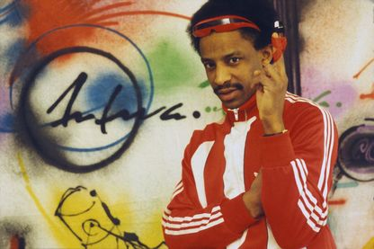 Portrait de Sidney l'animateur de l'émission 'Hip-Hop' en 1984 à Paris, France.
