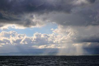 On croyait les lacs tranquilles... Ici le lac Léman