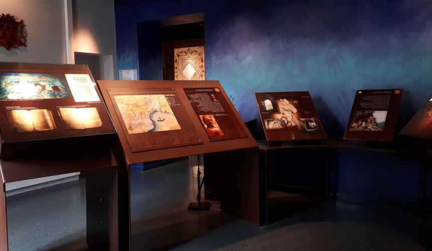 Extrait de la frise du musée du Catharisme à Mazamet(81)