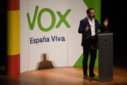 Santiago Abascal, le leader du parti d'extrême droite espagnole VOX pendant un événement politique le 26 mars 2019 à Huesca, en Espagne.
