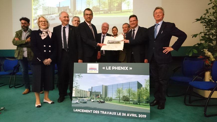 """Le lancement officiel des travaux du """"Phénix"""" avec Claude Jean, le maire François Brière, le député Philippe Gosselin, le sénateur Philippe Bas, le président manchois Marc Lefèvre ..."""