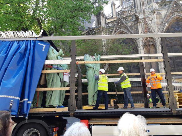 Les statues rescapées de Notre-Dame de Paris, le jeudi 11 avril 2019
