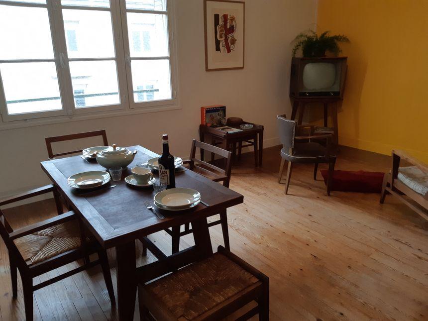 Reconstitution d'un appartement années 50 à Saint-Lô (Manche) pour commémoration 75e anniversaire du Débarquement. Salle à manger. 24 avril 2019.