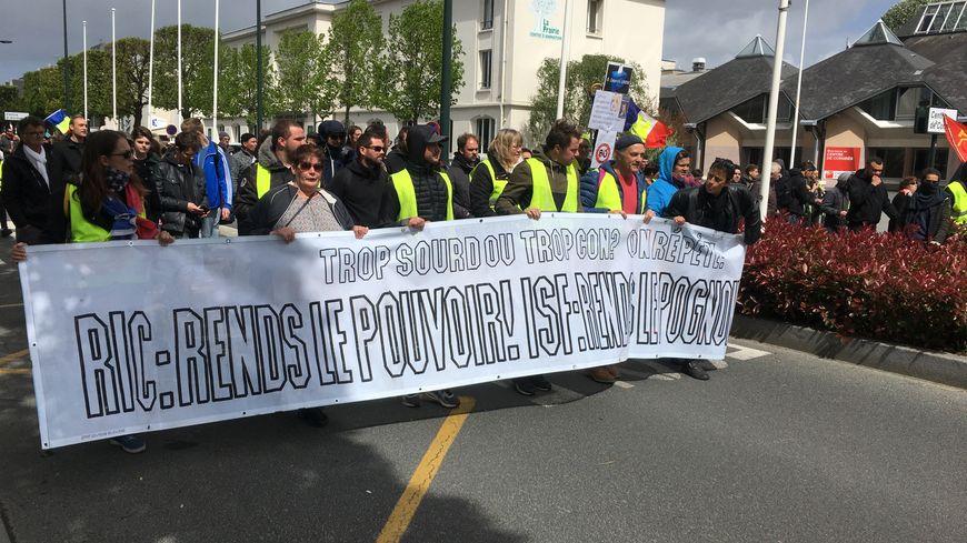 Samedi, la manifestation des gilets jaunes avait réuni environ 500 personnes. La CGT espère entre 2000 et 3000 personnes pour le 1er mai.