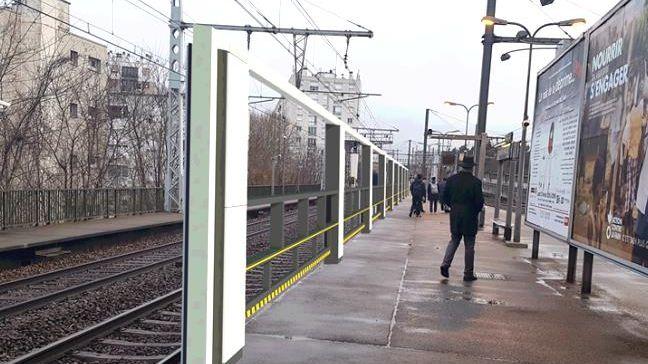 Des portes palières pour sécuriser les quais des gares franciliennes.