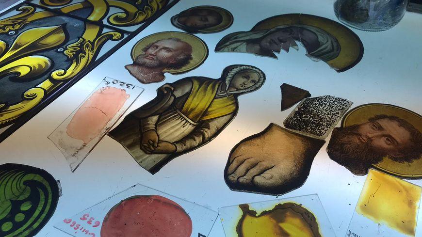 L'entreprise Vitrail France va enlever prochainement les vitraux fragilisés de Notre-Dame de Paris