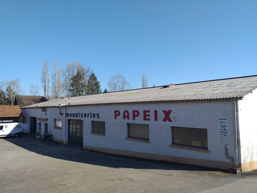 Les bâtiments de l'entreprise Papeix installés sur la commune d'Isle.