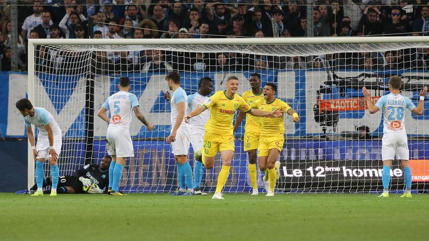 Suspendu ces trois derniers matchs, le milieu de terrain nantais, Andrei Girotto signe un retour gagnant, ce dimanche soir face à Marseille. Il a inscrit le second but des Canaris.