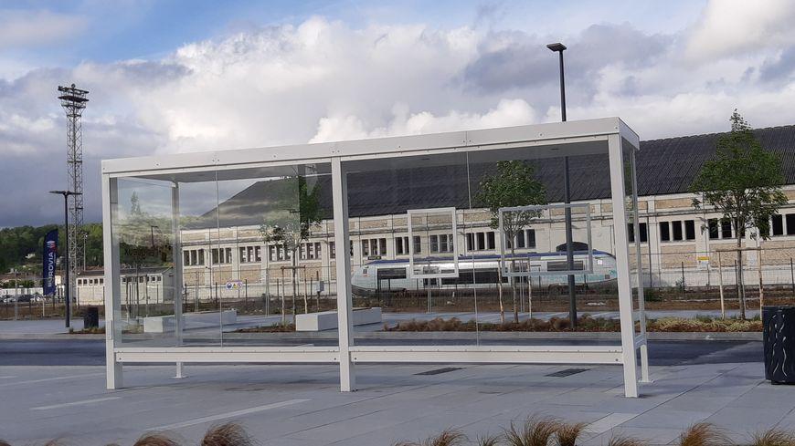 Le pôle multimodal permettra une rapide correspondance entre bus et TER