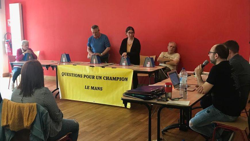 De nombreux champions et passionnés de jeux télé étaient réunis au Mans le week-end dernier pour un tournoi national de Questions pour un champion