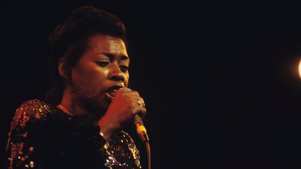Les histoires qu'on se raconte : Esther Phillips, Nicolas Gardel, Bill Withers, Kelly Finnigan and more
