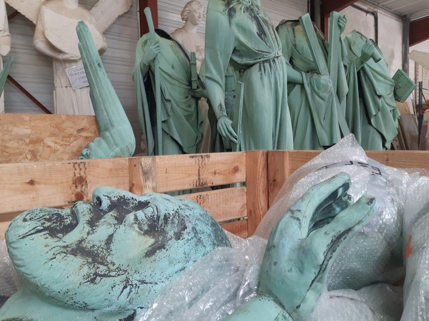 Les apôtres de Notre Dame sont en Dordogne pour être rénovés