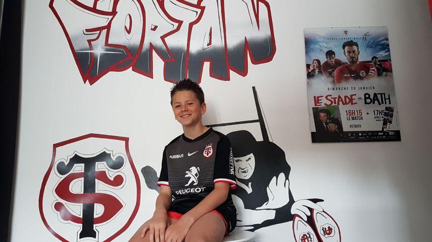 La chambre de Florian est aux couleurs du Stade Toulousain.  - Aucun(e)
