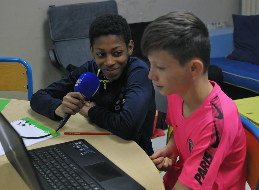 Daynis et Raïan se sont énormément amusés à commenter des matchs de football.