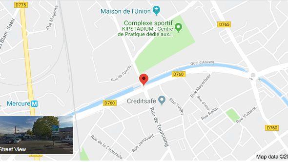 L'accident a eu lieu au carrefour entre le quai de Dunkerque et la rue de Tourcoing, à Roubaix, dans la nuit de vendredi à samedi