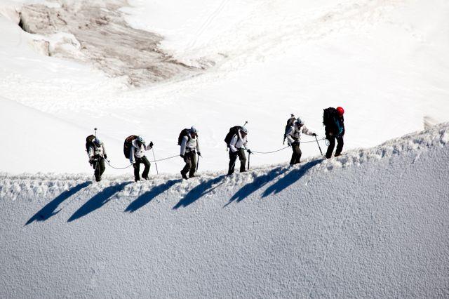 20 000 alpinistes s'attaquent chaque année au Mont Blanc.