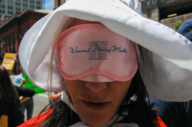 """A Philadelphie : """"Votez démocrate. Les rêves des femmes ont de l'importance"""""""