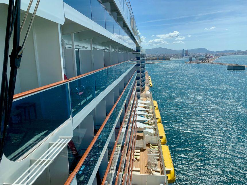 Le paquebot AIDA Nova fait 337 mètres de long, 42 mètres de large et compte 2 626 cabines