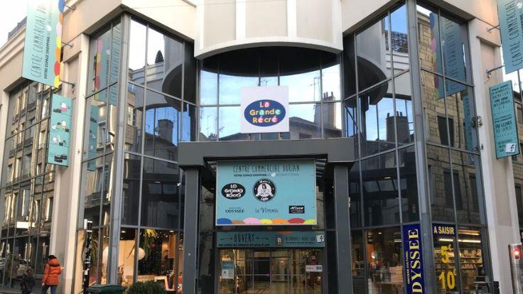 Le Mary's Coffee Shop est la dernière boutique de la galerie Dorian.