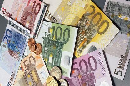 Les billets de 100 et 200 euros vont changer dès demain