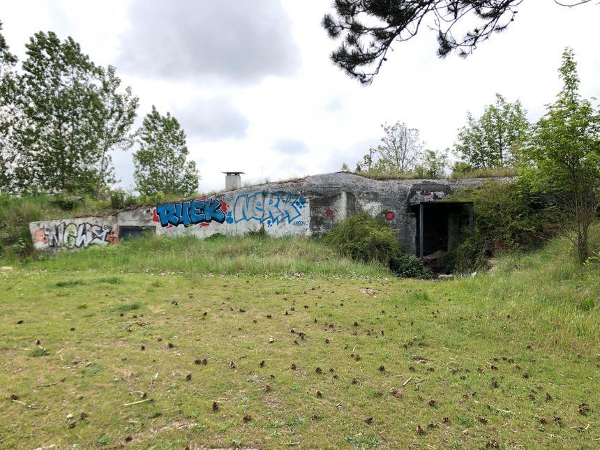 Ce bunker de Merville-Franceville, libéré par les Belges en juin 44, a été une discothèque